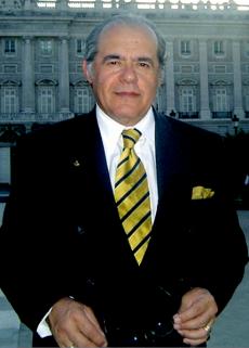 428px-Prof._Marcello_Ferrada_de_Noli._HiG-conference-in-Madrid-2005