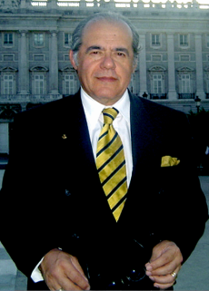 428px-Prof._Marcello_Ferrada_de_Noli._HiG-conference-in-Madrid-2005